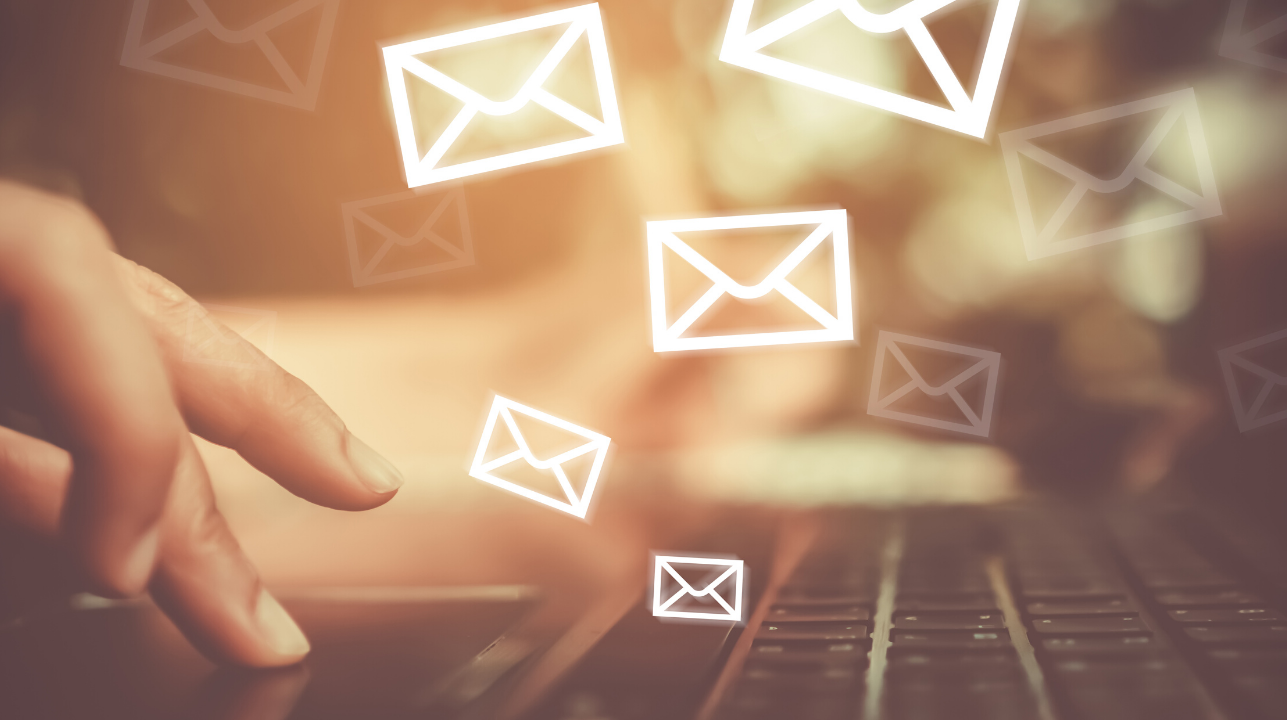 Four of the Absolute Best Ways To Grow Your Email List - and add hundreds of subscribers each day